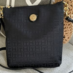 Black Tommy Hilfiger TH logo cross body bag